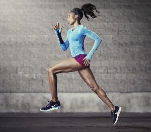 10 упражнений для ягодиц в домашних условиях для девушек и женщин: самые эффективные тренировки для похудения и уменьшения объема ног, а также для подтяжки и упругости красивой попы и бедер