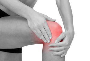 Болят колени после тренировки: что делать, чем лечить и почему они ...