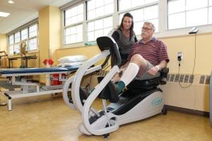 Велотренажер при травме коленного сустава